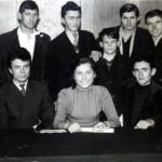 004 Misa medju mladim uzickim pesnicima - sede s leva - Dusan Kojic, Jovan Desnica, Vera Nestorov